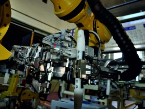 ELKAMET WINDSHIELD ROBOTIC APPLICATION IOCCOSRL